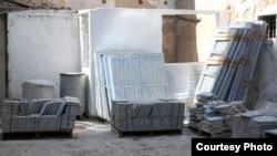 Materiales de construcción para damnificados por huracán Irma.