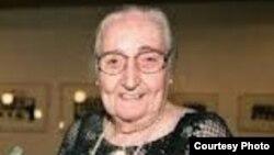 La doctora Martha Frayde contribuyó a sacar de Cuba las primeras denuncias del Comité Cubano Pro Derechos Humanos, del cual fue fundadora con Ricardo Bofill.