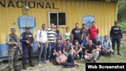 15 cubanos retenidos en la Aduana de Agua Caliente, Honduras