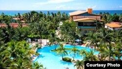 Vista del hotel Sol Sirenas Coral de Varadero, administrado por Meliá.