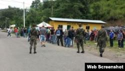 Migrantes arriban a la Aduana de Agua Caliente, Honduras. (Archivo)