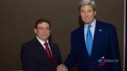 Se entrevistan en Panamá John Kerry y Bruno Rodríguez