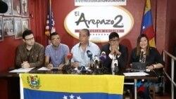 """Exiliados latinoamericanos en EEUU lanzan campaña """"Venezuela no está sola"""""""