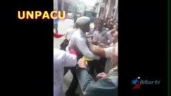El pueblo impide arresto a opositoras cubanas
