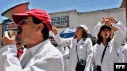 Protesta de médicos ecuatorianos