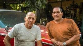 Nunca de dejes de grabar a los personajes, uno de los consejos para filmar en Cuba.