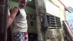 Policía confisca mercancías a vendedor ambulante enfermo de Sida