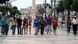 Comunidad gay presenta en Pabellón Cuba proyecto alternativo