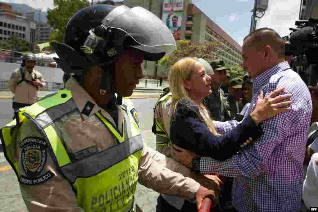 La alianza opositora venezolana aguarda que el tribunal que juzga a su encarcelado dirigente Leopoldo López haga pública hoy la sentencia sobre el caso. EFE