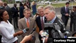El gobernador demócrata de Virginia Terry McAuliffe.