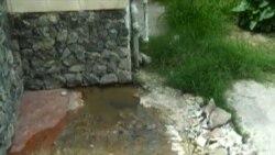 Derrame de aguas albañales y salideros son foco de enfermedades en Cuba