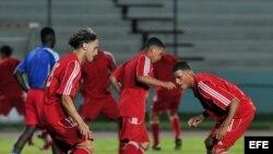 Jugadores del seleccionado de fútbol de Cuba. Fotografía de archivo.
