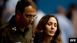 Alejandro (I) y Mariela (D), hijos de Raúl Castro.
