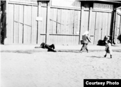 Holodomor en Ucrania, muertos en las calles de Jarkov.