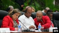 Destacan omisión de ministro cubano en cumbre de ébola