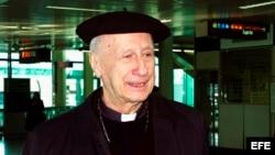 Fotografía de archivo tomada el 10 de marzo de 2003 que muestra al cardenal francés Roger Etchegaray.