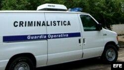 La Policía Nacional Revolucionaria las arrestó violentamente