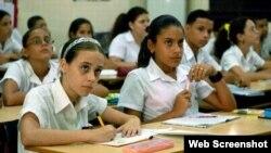 Reporta Cuba Secundaria Básica en Holguín