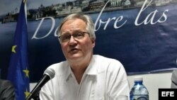 El director general para América del Servicio Europeo de Acción Exterior, Christian Leffler, ofrece una rueda de prensa en La Habana, al concluir la tercera ronda de negociaciones.