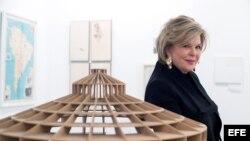 """La coleccionista Ella Fontanals de Cisneros ha afirmado a Efe que """"es bueno para el arte latinoamericano tener una casa en los dos hemisferios, una en Europa y otra en América""""."""
