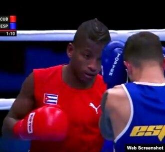 Joahnys Argilagos (CUB) venció a Samuel Carmona Heredia (ESP).