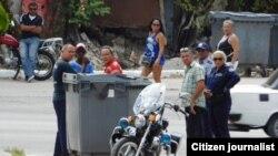 Sede de Damas vigilancia policial domingo 24 de abril Foto de Angel Moya