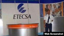 Estragos de Sandy en la sede de ETECSA en Santiago de Cuba
