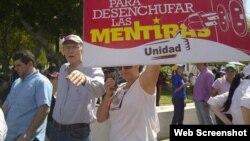 Opositores a Maduro se manifiestan en la ciudad venezolana de Maracaibo