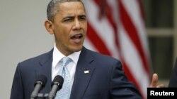 El diario echa en cara al presidente Obama no defender los derechos universales.
