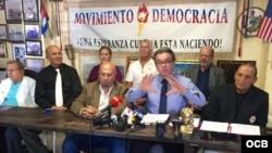 Rueda de prensa del Movimiento Democracia.