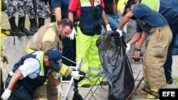 Policía mexicana recupera los cadáveres de los informadores