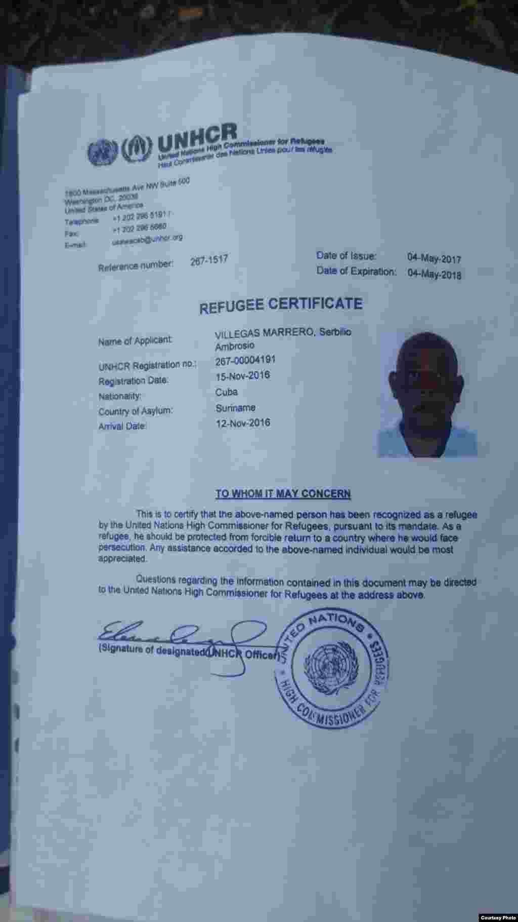 Certificado de refugiado, concedido por ACNUR a Servilio Villegas Marrero en Surinam.