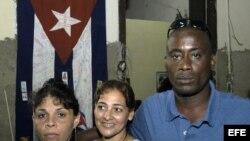 """El disidente cubano Jorge Luis García Pérez (der), conocido como """"Antúnez"""". Foto de archivo"""