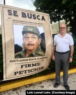 El doctor Orlando Guitérrez-Boronat (Directorio Democrático Cubano) busca enjuiciar a Raúl Castro.