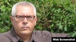 Poeta cubano Victor Rodriguez, ganador del Premio Internacional de Poesía Loewe