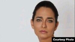 1800 Online con Jacqueline Arenal