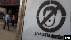 Detalle de un grafiti en una calle del sector Chacao hoy, 20 de marzo de 2014, en Caracas (Venezuela).