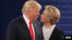 Feroz encontronazo entre Donald Trump y Hillary Clinton.