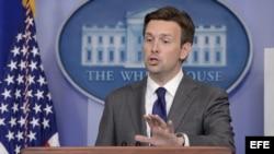 Josh Earnest, vicesecretario del gabinete de prensa de la Casa Blanca. Archivo.