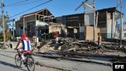 Casa necesitada de reparación en Banes, Holguín (Cuba).