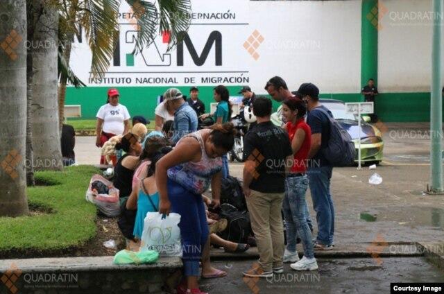 Esta sería la ola de inmigrantes cubanos más grande en la frontera sur de México. (Foto Cortesía de la agencia de noticias en Quadrantín, Chiapas)
