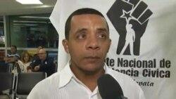 Llega a Miami el bloguero cubano Luis Felipe Rojas