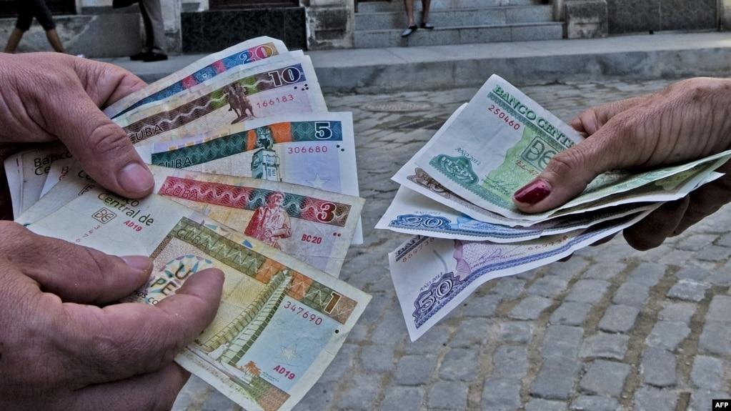 Pesos cubanos, pesos convertibles.