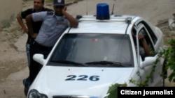 Reporta Cuba /foto/angel moya habana policias al acecho
