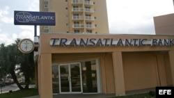 TransAtlantic Bank de Miami, Florida.