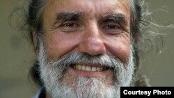 El bloguero cubano Agustín López