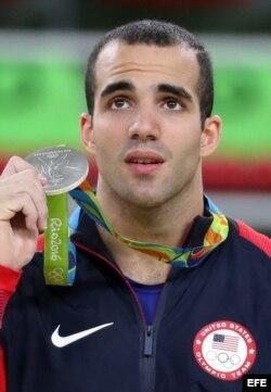 El gimnasta de origen cubano Danell Leyva ganó dos medallas de Plata