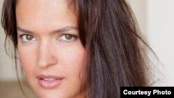 1800 Online con Yamila Guerra