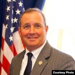 Jeff Duncan, presidente del Subcomité de Relaciones Exteriores para el Hemisferio Occidental de la Cámara de Representantes.