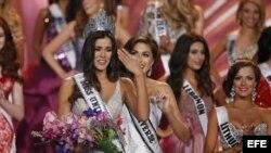 Paulina Vega en el momento de su coronación como Miss Universo 2014.